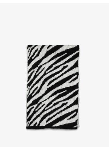 Koton Koton Zebra Desen Siyah Atkı Renkli